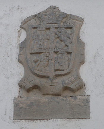20060202172011-castropol-escudos-004.jpg