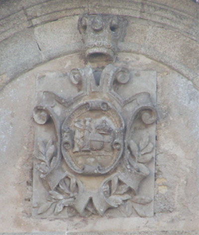 20060202172126-castropol-escudos-003.jpg