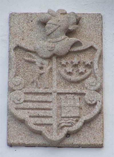 20060325191409-escudo.jpg