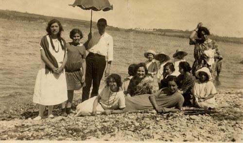 20060628163511-playa-de-la-fuente-c.1925.jpg