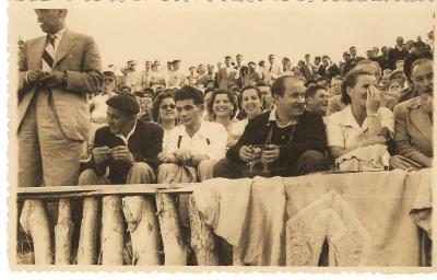 20181212164130-en-los-toros-ribadeao-07.08.1955.jpg